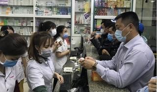 Chủ tịch Nguyễn Đức Chung yêu cầu các hiệu thuốc báo cáo người mua thuốc cảm, ho, sốt