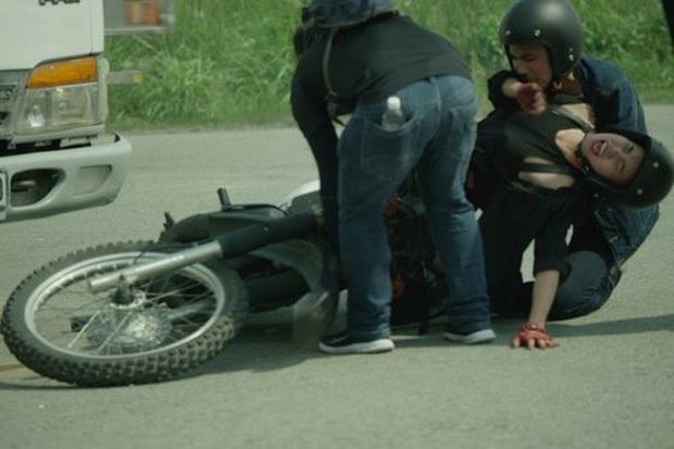 'Tai nạn nghề nghiệp' nghiêm trọng khi đóng phim của Sao Việt khiến fan xót xa