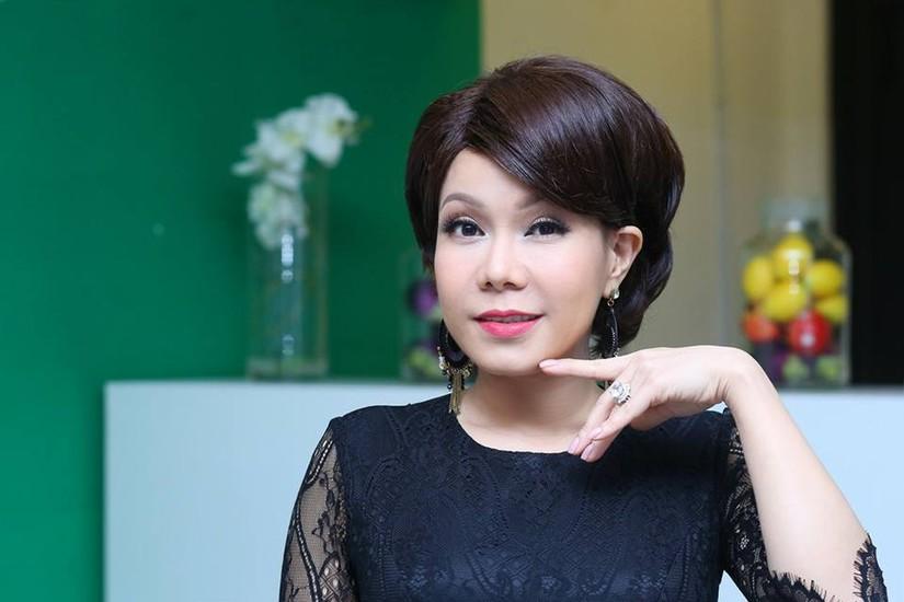 Nhìn ảnh thời thiếu nữ mới biết tại sao danh hài Việt Hương 'dậy thì không thành công'
