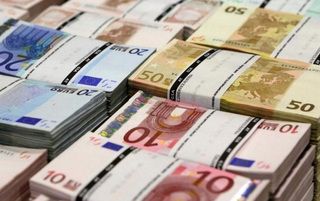 Tỷ giá euro hôm nay 17/6: Sacombank giảm tới 688 đồng chiều mua chuyển khoản