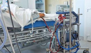 Bệnh nhân Covid-19 là phi công Anh sẽ được cai tuần hoàn ngoài cơ thể