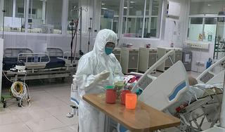 Bác của BN 17 đã giao tiếp được, cụ bà 88 tuổi nhiễm Covid-19 liệt nửa người