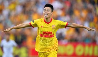 Tuyển thủ Nam Định: 'Đời cầu thủ không hề yên ả, không ít những thị phi cay đắng'