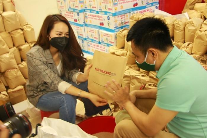 Nghệ sĩ Xuân Bắc, Tự Long kêu gọi ủng hộ chia sẻ thực phẩm hàng ngày