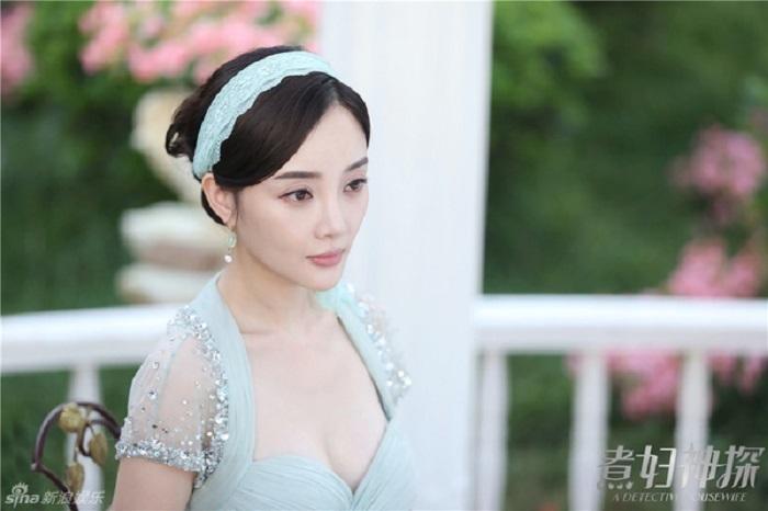 Lý Tiểu Lộ từ Ảnh hậu Kim Mã đến bán hàng online kiếm tiền