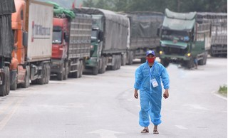 Vụ chèn ép giá vận chuyển qua biên giới Lạng Sơn: Loại thải 87 tài xế chuyên trách