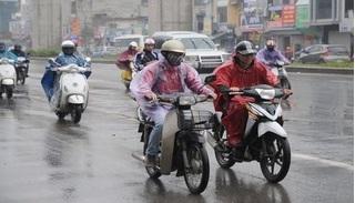 Tin tức thời tiết ngày 25/4/2020: Cả nước có mưa dông trên diện rộng, Bắc Bộ trời rét