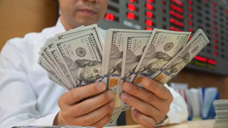 Tỷ giá USD hôm nay 23/7: Sacombank giảm 23 đồng chiều mua vào