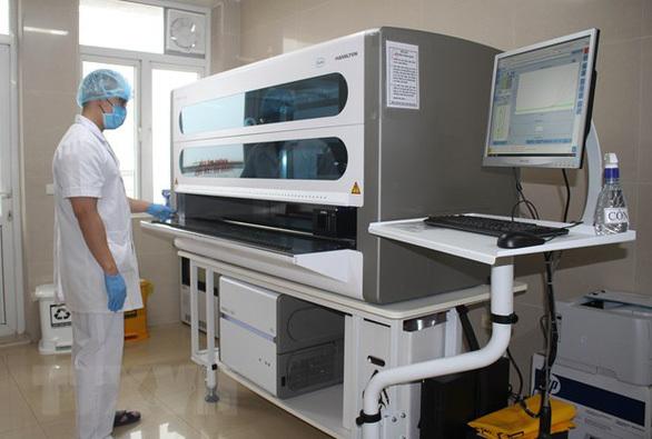 Bắc Ninh kiểm tra gấp, Bắc Giang dừng mua máy xét nghiệm Covid-19