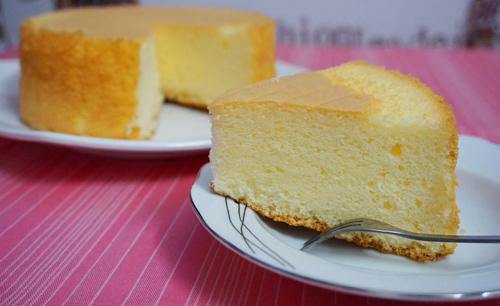 Cách làm cốt bánh Gato (bánh bông lan) hấp xốp, mềm, mịn cực đơn giản