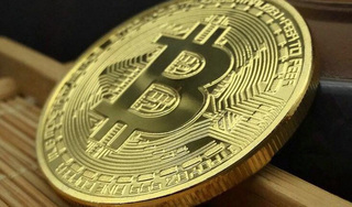 Giá bitcoin hôm nay 28/4: Tiếp tục tăng nhẹ 0,42% ở mức 7.762,85 USD