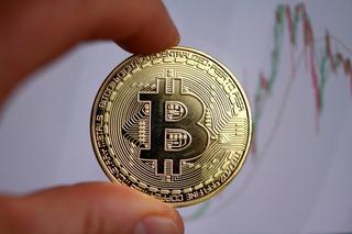 Giá bitcoin hôm nay 20/9: Polkadot giảm nhiều nhất trong top 10