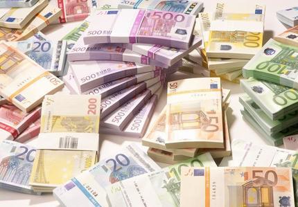 Tỷ giá euro hôm nay 9/7: Sacombank tăng 170 đồng chiều bán ra