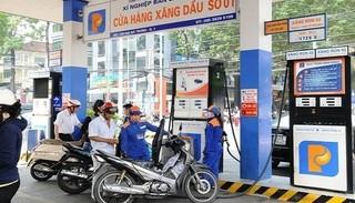 Giá xăng dầu hôm nay 30/4: Giá dầu thế giới bật tăng mạnh