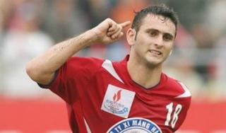 Vì sao tiền đạo Leandro khó trở lại V.League?