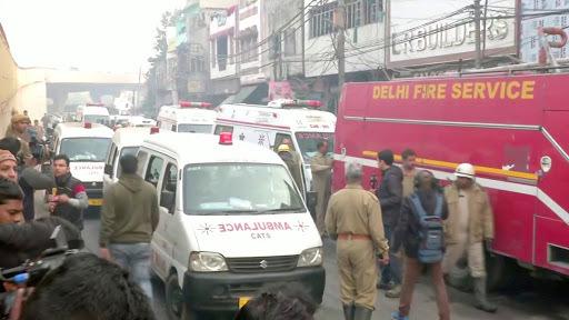 Thuê xe cứu thương đi 100 km cưới vợ nhằm né lệnh phong tỏa