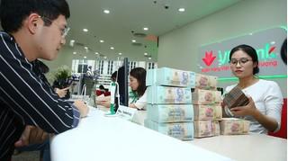 Lãi suất ngân hàng hôm nay 27/7, gửi online và gửi tại quầy cao nhất