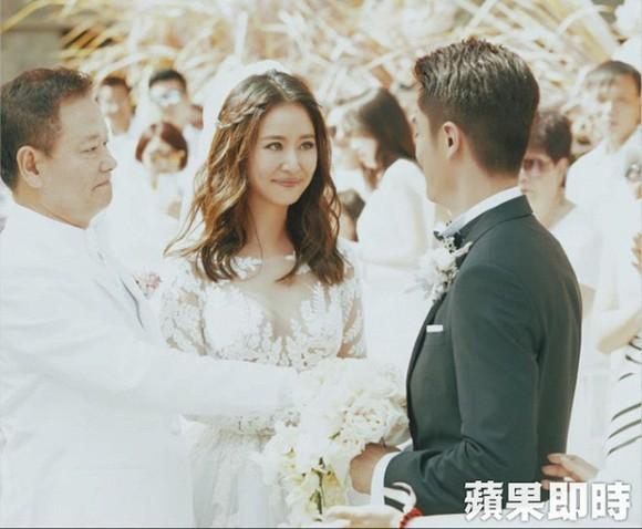 Khoảnh khắc hiếm trong lễ cưới của Lâm Tâm Như sau 4 năm được chia sẻ