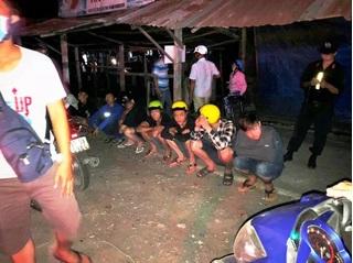 Chặn bắt nhóm thanh niên đua xe, thiếu tá CSGT bị tông trọng thương