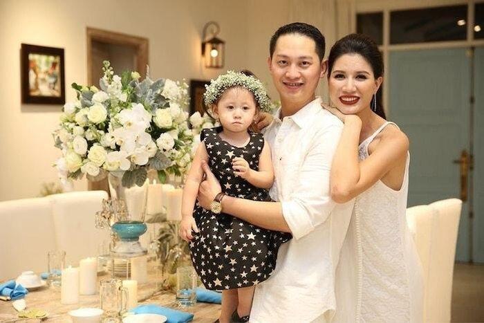 Khoe mang thai tháng thứ 4, Trang Trần chia sẻ đang rất khỏe mạnh