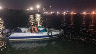 Vẫn còn 1 người mất tích sau vụ chìm thuyền trên sông Đồng Nai
