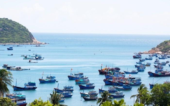 Khám phá xứ nắng gió Ninh Thuận qua những địa điểm đẹp
