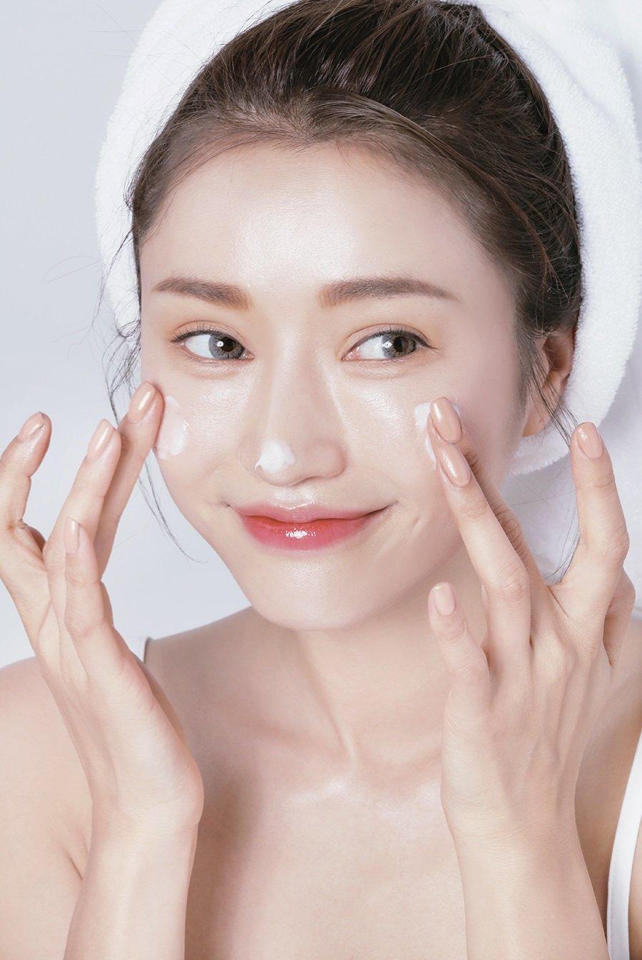 7 bước chăm sóc da ban ngày đúng chuẩn để có một làn da khỏe mạnh