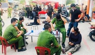 Bắt băng Loan 'cá' chuyên trấn lột, 'bảo kê' tiểu thương ở Đồng Nai