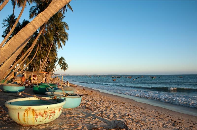 Những địa điểm nổi tiếng ở Bình Thuận khiến du khách mê mẩn2