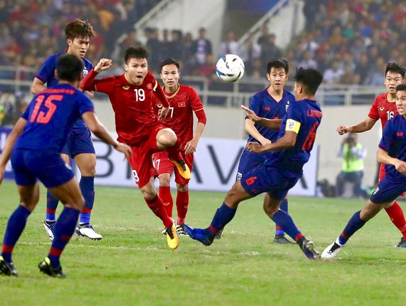 Bóng đá Việt Nam vẫn chưa vượt qua Thái Lan