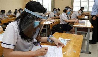Bộ GD-ĐT bỏ yêu cầu giãn cách, đeo khẩu trang trong lớp học