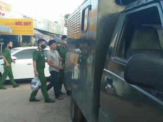 Bắt khẩn cấp chồng Loan 'cá' trong vụ thu tiền 'bảo kê' của tiểu thương ở Đồng Nai