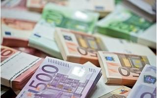Tỷ giá euro hôm nay 27/8: Ngân hàng Quốc Tế (VIB) giảm nhẹ chiều bán ra