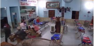 Tin tức pháp luật 10/5: Nhóm côn đồ xông vào quán cơm hành hung