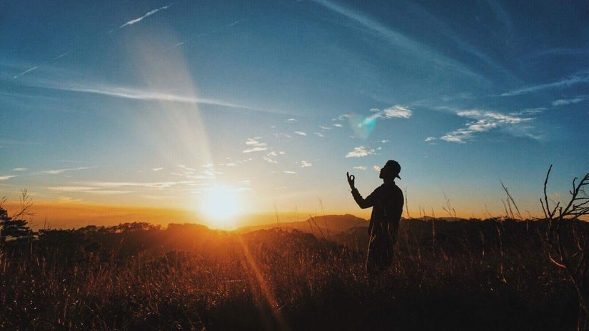 Lời bài hát Đi theo bóng mặt trời Lyrics của Đen và Giang Nguyễn