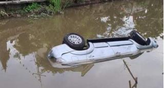 Hé lộ nguyên nhân ô tô lao xuống sông khiến 2 người tử vong ở Nam Định