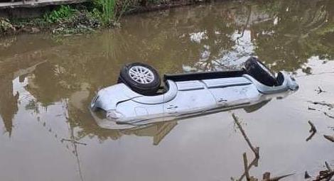 Chủ xe ô tô 7 chỗ lao xuống sông, 2 người tử vong ở Nam Định có sử dụng rượu bia