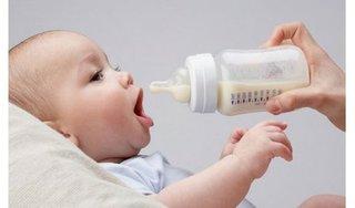 Mẹo dân gian cai sữa hiệu quả