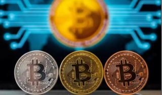 Giá bitcoin hôm nay 12/5: Quay đầu giảm 1,23%, ở mức 8.634,78 USD