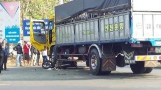 Va chạm với xe tải, người đàn ông đi xe máy tử vong tại chỗ