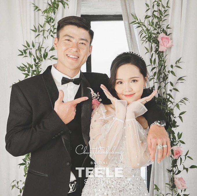 Hà Nội FC yêu cầu đính chính thông tin Duy Mạnh say rượu mắng chửi vợ con
