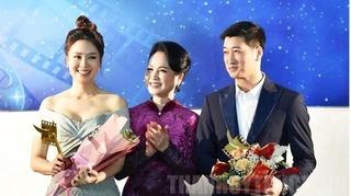 Diễn viên Ngọc Quỳnh đạt giải Cánh diều vàng với vai phản diện trong Hoa hồng trên ngực trái