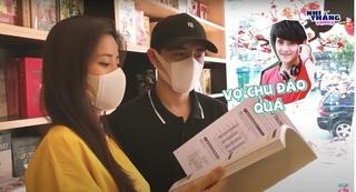 Đông Nhi - Ông Cao Thắng cùng nhau đi mua sách nuôi dạy con