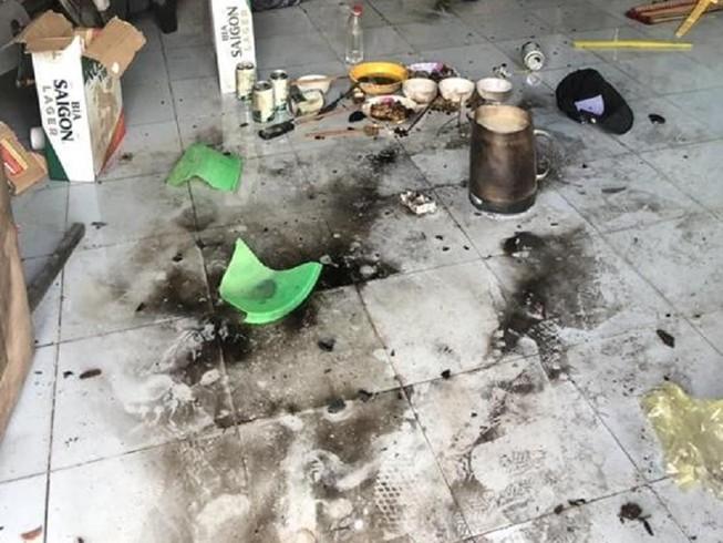 Ném bom xăng vào phòng trọ, 4 người bị thương