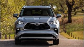 Toyota Highlander 2020 đầu tiên về Việt Nam, giá khoảng 4 tỷ đồng