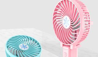 Quạt điện mini tưởng hữu ích ngày nắng nhưng nguy hiểm khôn lường