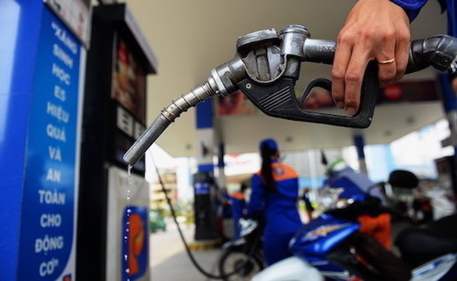 Giá xăng dầu hôm nay 14/5, trong nước biến động trái chiều, thế giới giảm nhẹ