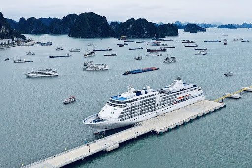 Quảng Ninh giảm 30-50% giá dịch vụ cho du khách