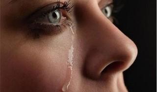 Cảnh báo virus corona có thể lây nhiễm qua nước mắt