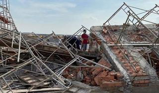 Giám đốc công an Đồng Nai xuống hiện trường điều tra vụ sập tường 10 người chết